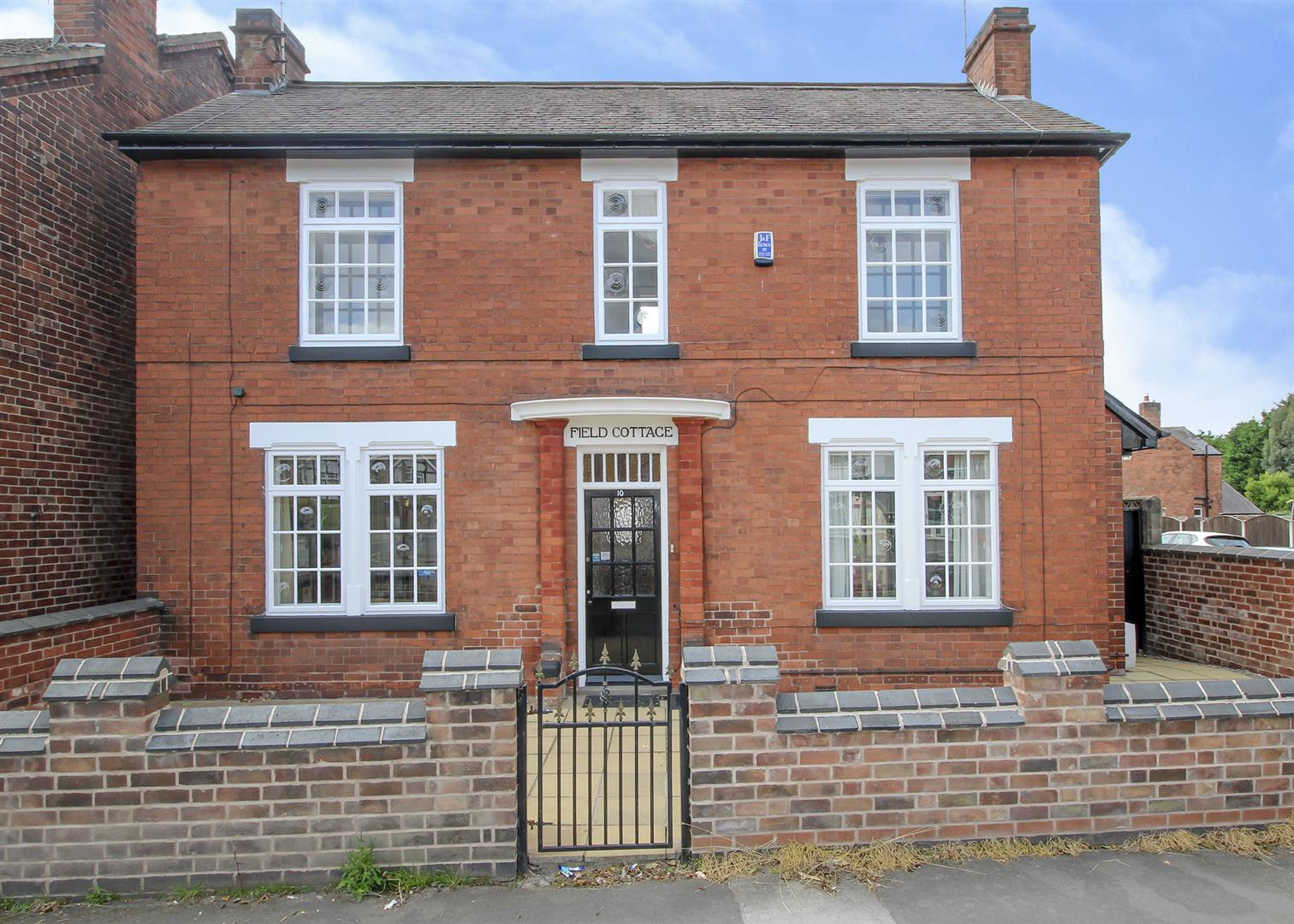 3 Bedrooms Detached House for sale in Pasture Road, Stapleford